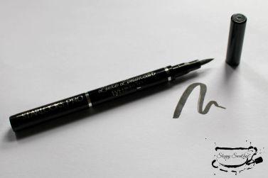 Starlooks Luxe Longwear Eyeliner Pen in Black