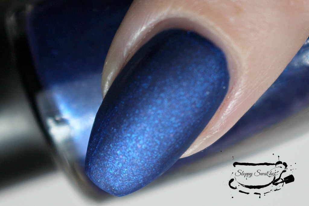 Forget Me Not macro at 2 coats with topcoat under artificial lighting