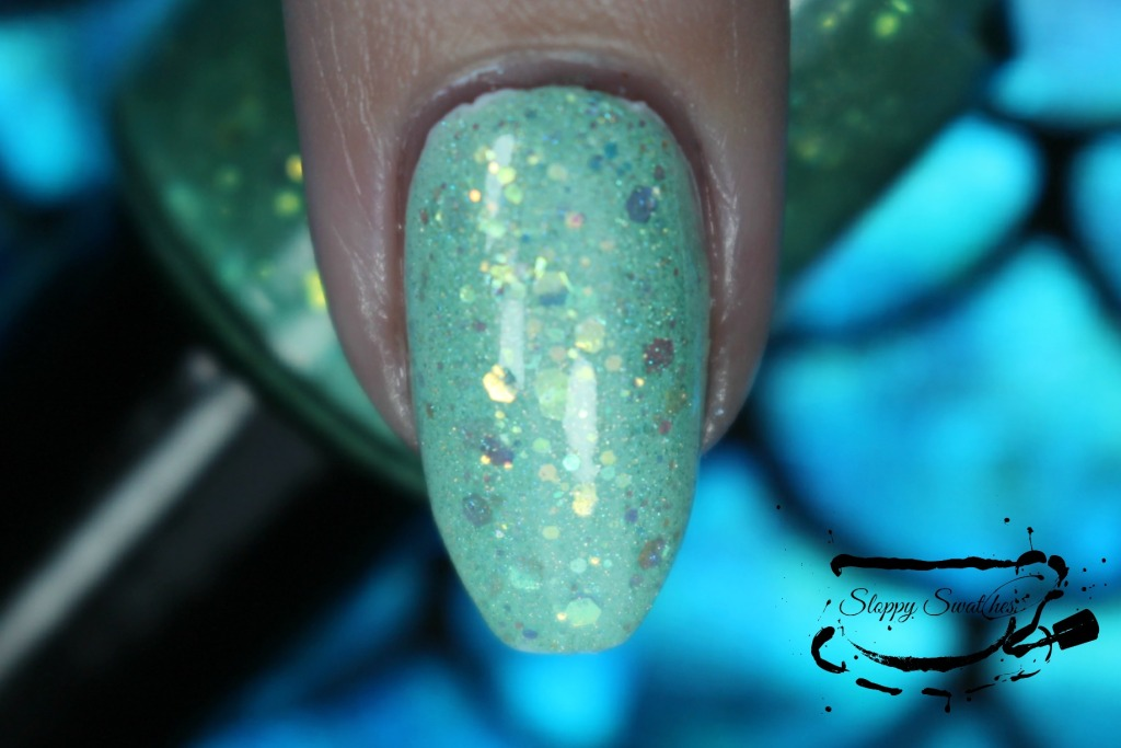 Mermaid Tail at 2 coats over Zoya Purity macro