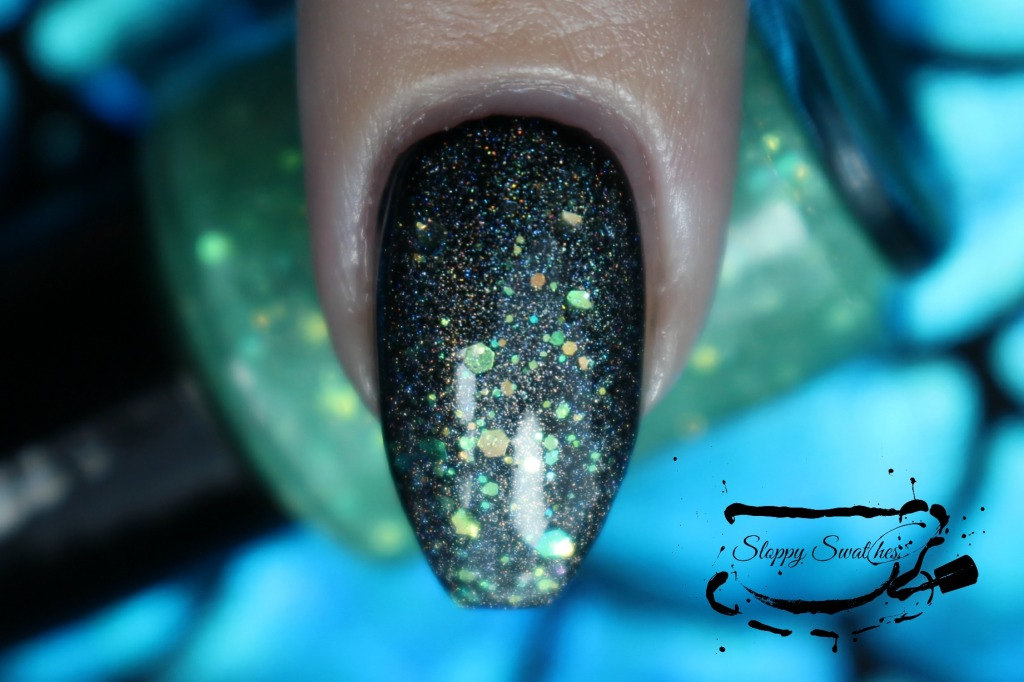 Mermaid Tail at 1 coat over Zoya Willa macro