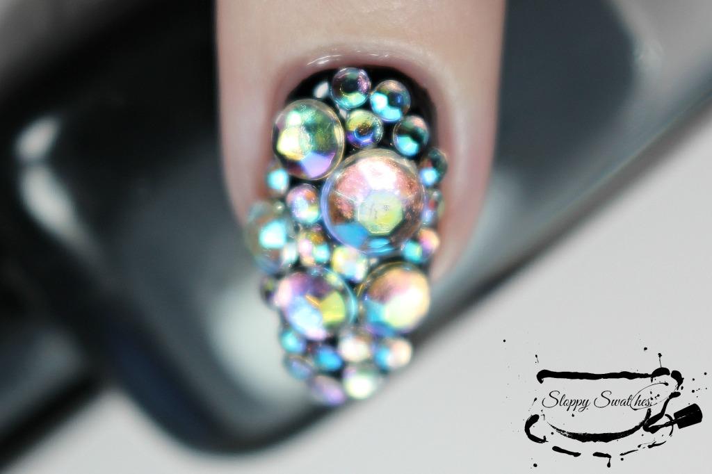 Rhinestone accent nail macro