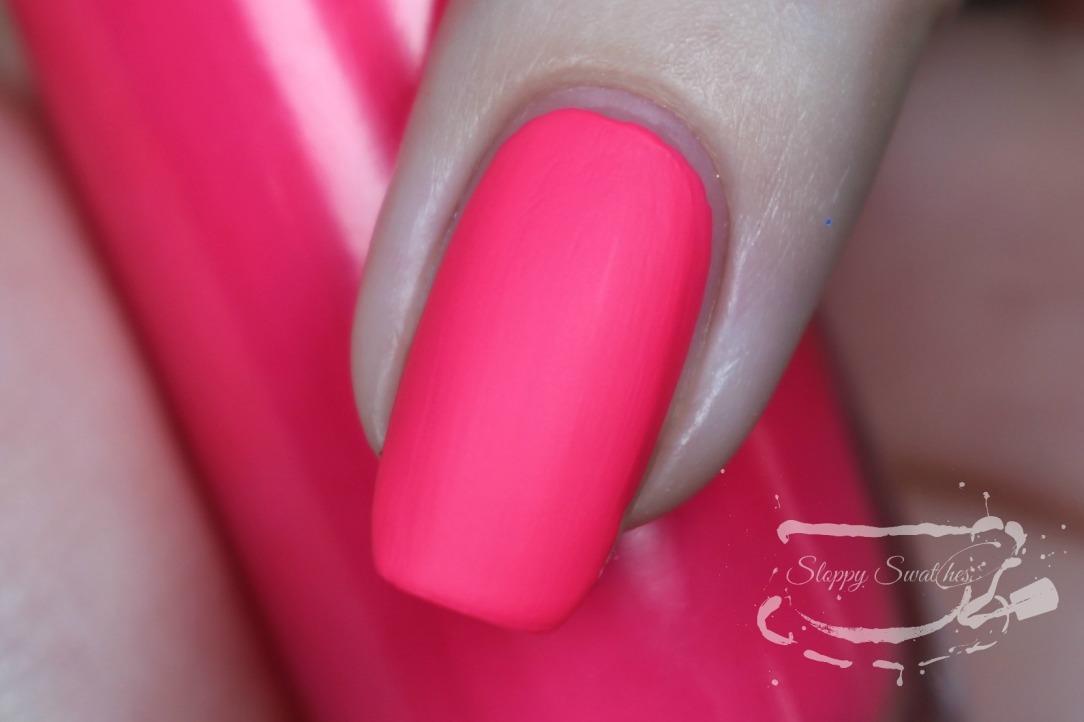 PinkBikiniMacro